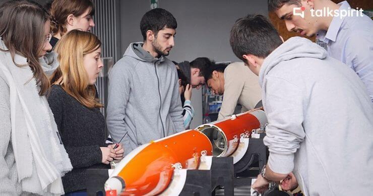 Animer une communauté scientifique d'étudiants avec Talkspirit : témoignage du CNES